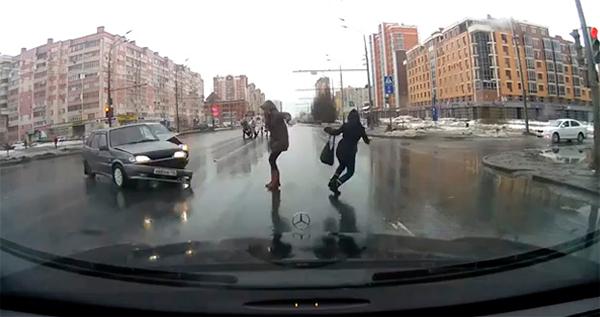 Cámaras delanteras en coches rusos