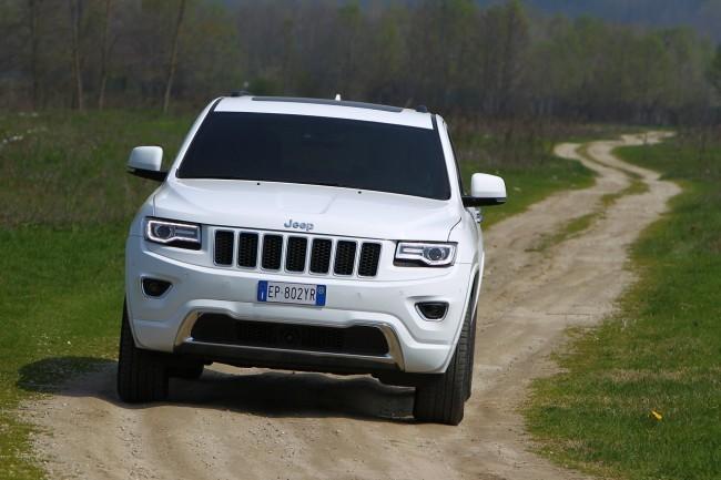 Jeep_Grand_Cherokee_2013_033