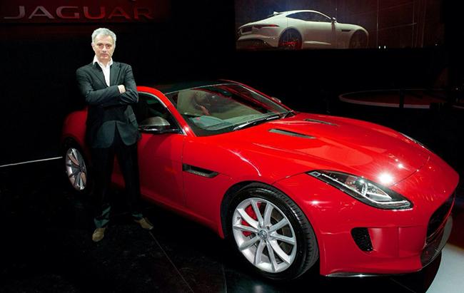 mourinho-se-queda-el-primer-jaguar-f-type-coupe-201415688_1