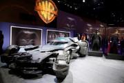 Se muestra en Las Vegas el batmóvil de Batman vs. Superman