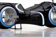 Es posible que veas la moto de Tron Legacy por tu calle