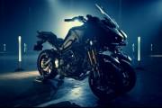 La primera moto deportiva con 3 ruedas: Yamaha MWT-9