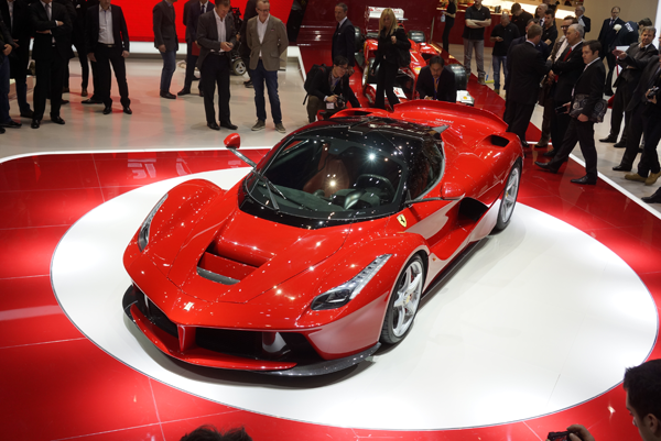 LaFerrari Spyder saldrá a la venta en 2017 por 2 millones de euros